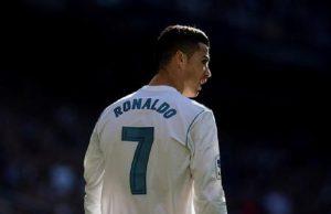 """Cristiano Ronaldo: """"Se valgo 100 milioni, vuol dire che il Real non mi vuole più"""" (foto Ansa)"""