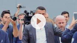 Cristiano Ronaldo sta per atterrare a Caselle, sei jeep ad attenderlo