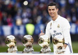 Cristiano Ronaldo cancella Paulo Dybala, le sue maglie della Juventus vanno già a ruba