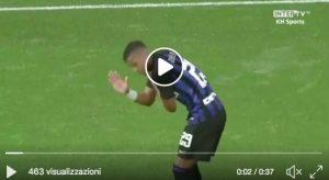 Dalbert video infortunio alla spalla durante Sheffield-Inter: è uscito dopo appena 7 minuti