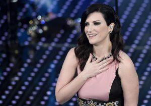 """Laura Pausini: """"Una volta un figo mi ha suonato al campanello e..."""""""