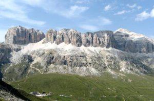 Marmolada torna al Trentino. Ma il Veneto di Luca Zaia non ci sta