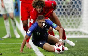Kylian Mbappé che colpo di tacco, la giocata più bella dei Mondiali in Francia-Belgio (Ansa)