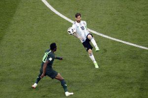 """Obi Mikel. """"Abbiamo rapito tuo padre, se parli muore"""": e il capitano della Nigeria giocò contro l'Argentina"""