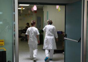 Un ospedale, foto Ansa