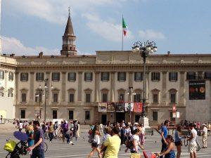Milano, operaio cade da una scala a Palazzo Reale e muore