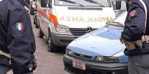 Milano, lite in strada: tassista e cliente pestano un poliziotto