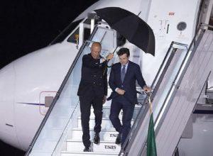 """Conte rottama """"l'aereo di Renzi"""", anche se Renzi non l'ha mai preso..."""