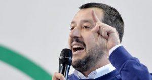 Reggio Emilia, ucraino arrestato per aver stuprato una ragazza. E Salvini esulta sui social