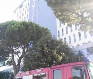 Silvi Marina, incendio all'hotel Hermitage: 300 turisti sgomberati