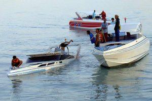 Thailandia, a Phuket barca di turisti si ribalta: 49 dispersi in mare