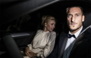 """Ilary Blasi e Francesco Totti come Sandra e Raimondo Vianello: presto """"Casa Totti"""""""