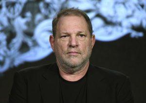 """Harvey Weinstein parla per la prima volta: """"Offrivo lavoro per rapporti. Mai costretto una donna"""""""