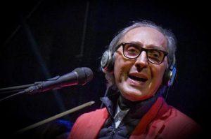 """""""Franco Battiato non ha l'Alzheimer"""": la famiglia del cantautore rompe il silenzio"""