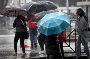 Le previsioni meteo per Ferragosto? Violenti temporali e calo delle temperature (foto d'archivio Ansa)