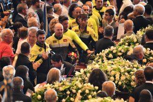 """Vigili del fuoco chiedono a Salvini aumenti stipendi e pensioni: """"Come Polizia e gli altri"""""""