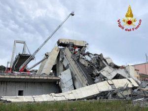 Mimma Certo, testimone della tragedia Genova: un faro e operai su Ponte Morandi la notte prima