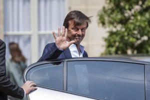 Francia, si dimette a sorpresa Nicolas Hulot: il ministro verde deluso da Macron sul clima