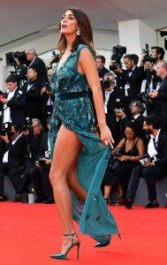 Elisa Isoardi, diva e donna alfa dell'anno. Paese o stampa di reggicoda?