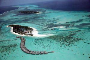 Maldive: cercasi libraio a Soneva Fushi, il resort da 20mila dollari a notte