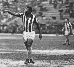 """Pelè: """"Cristiano Ronaldo, nel 1961 stavo firmando con la Juventus. Poi..."""""""