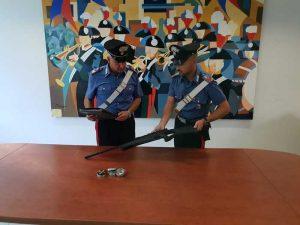 Terracina (Latina): sparano piombini contro indiano da auto in corsa