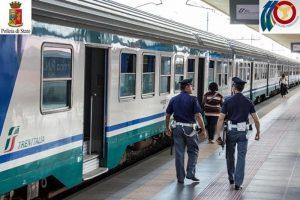 Milano Certosa: marocchino minaccia e rapina passeggero sul treno. E' la quarta volta