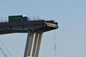 Ponte Morandi, Conte revoca concessione Autostrade. Ma lo può fare?