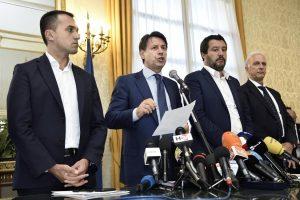Di Maio difende Salvini indagato ma chiede rispetto per i magistrati