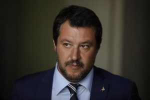 """Stefano Cucchi, Salvini risponde a Ilaria Cucchi: """"Disposto ad incontrarla"""" - VIDEO"""