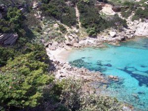 Sardegna, a Cala Spinosa spiaggia a pagamento: 3 euro per accedervi