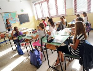 Scuola, approvate assunzioni di oltre 57mila personale docente