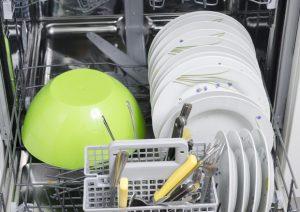 """Wolfsburg: """"I calciatori puniti laveranno i piatti e sistemeranno la tavola"""""""
