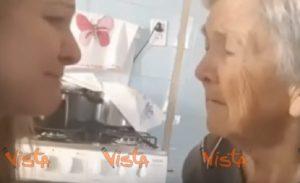 """Nonna con l'Alzheimer riconosce per un attimo la nipote e le dice: """"Ti amo"""""""