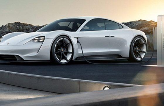 Auto elettriche, novità 2019 - Porsche Taycan