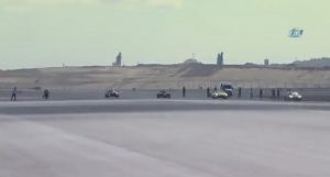 gara di velocità tra moto, supercar, monoposto, jet privato ed F16: chi vince?