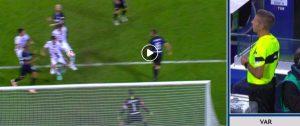 Dessena video gol Inter-Cagliari, segna con la mano. Il VAR annulla