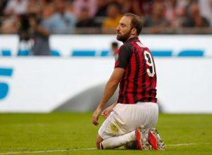 Gonzalo Higuain salta Empoli-Milan per infortunio muscolare