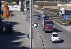 Lanciano: il video con l'inseguimento e l'arresto del quarto uomo della banda