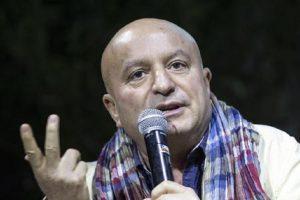 """Maurizio Ferrini, il comico confessa: """"Ho speso tutto. Facevo serate a 300 euro: un'elemosina"""" (foto Ansa)"""