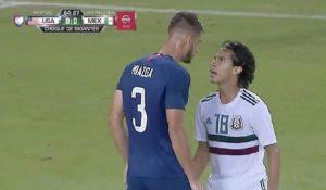 """Stati-Uniti-Messico, il difensore americano prende in giro l'attaccante messicano: """"Sei troppo basso"""""""