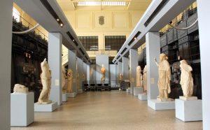 Musei a 2 euro per gli under 25. L'annuncio del ministro Bonisoli. Over 65 pagano