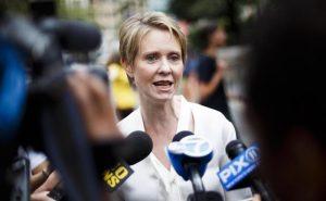 New York, Cynthia Nixon battuta da Andrew Cuomo alle primarie democratiche per il candidato governatore