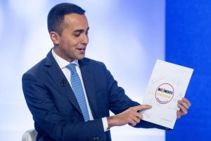 """Pensioni. Minime e garantite a 780 euro """"nel contratto"""", insiste Di Maio. Lega: """"E i contributi, chi li versa più?"""""""