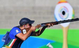 Riccardo Filippelli , bronzo ai Mondiali di tiro al volo e conquista il pass olimpico (foto Ansa)