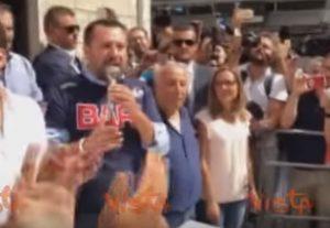"""Salvini: """"Nel decreto sicurezza aumentiamo fondi e agenti"""" VIDEO"""