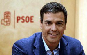Spagna, premier Sanchez accusato di aver copiato la tesi di dottorato