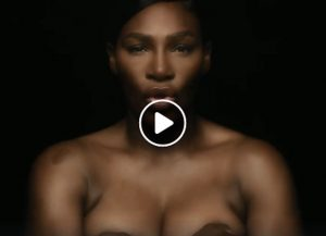 Serena Williams canta in topless per la lotta al cancro VIDEO