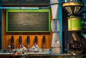 Starbucks in Italia: a Milano apre la Reserve Roastery, poi altri 4 store