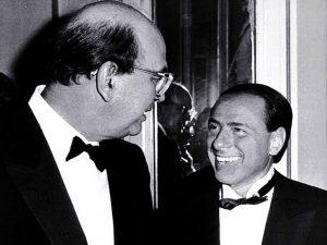 """Berlusconi ricorda l'amico Craxi: """"Mi commuovo quando rivedo il volto di Bettino"""""""